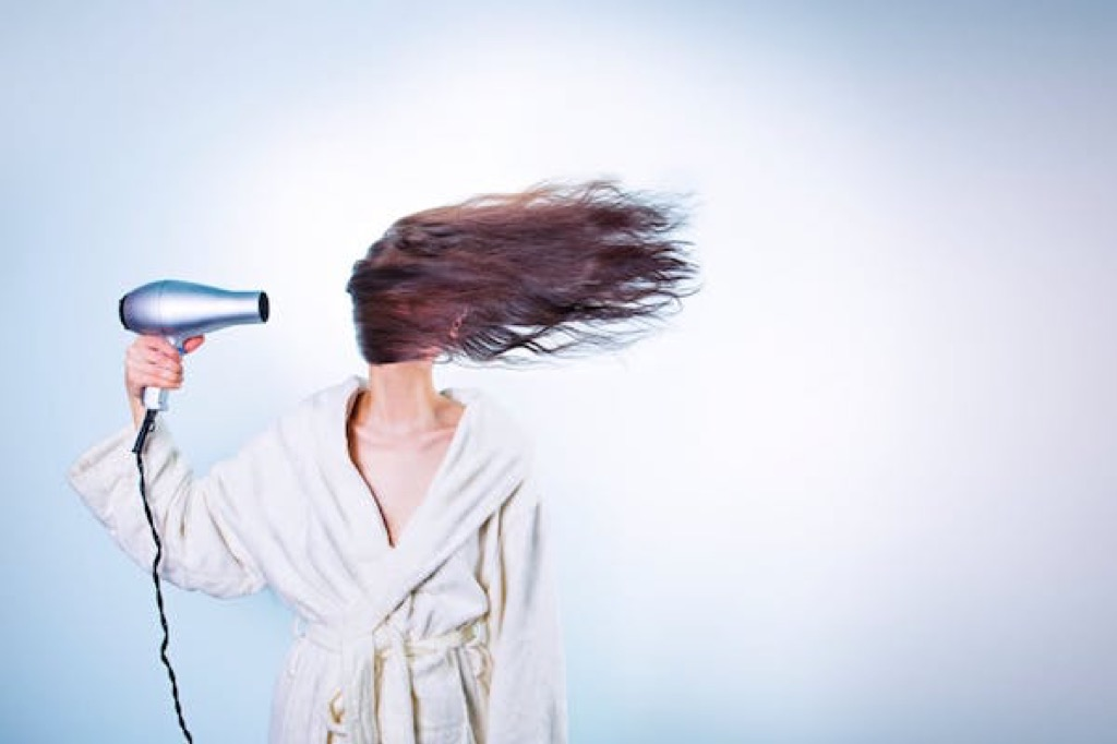 hairdryer-electricity-costs